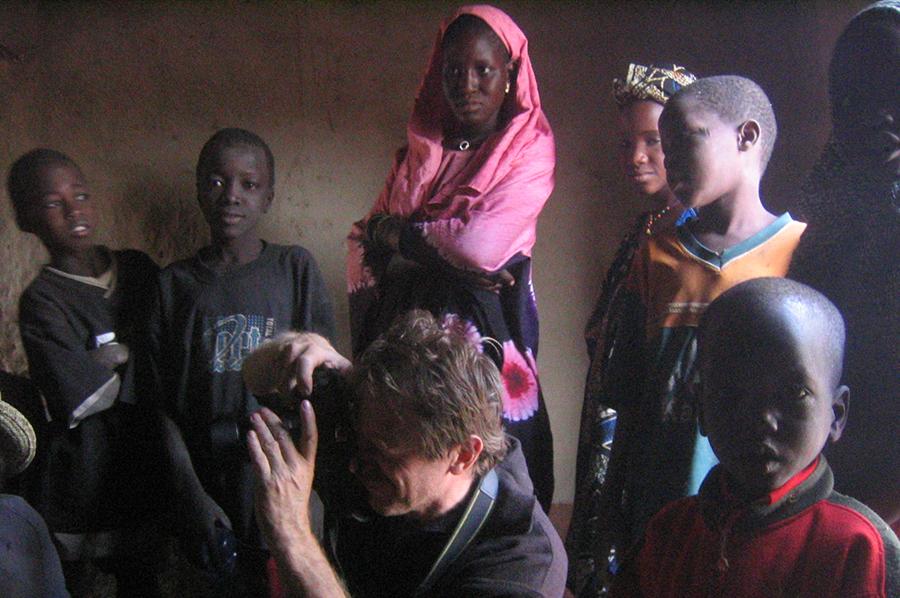 Christian Bon en plein reportage au Mali